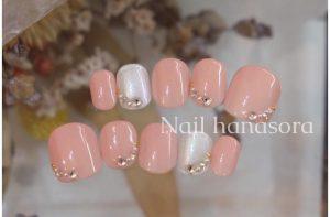 ブライダルネイルギャラリー|ピンク&パールホワイトのネイルチップ